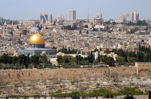 1024px-Jerusalem_from_mt_olives